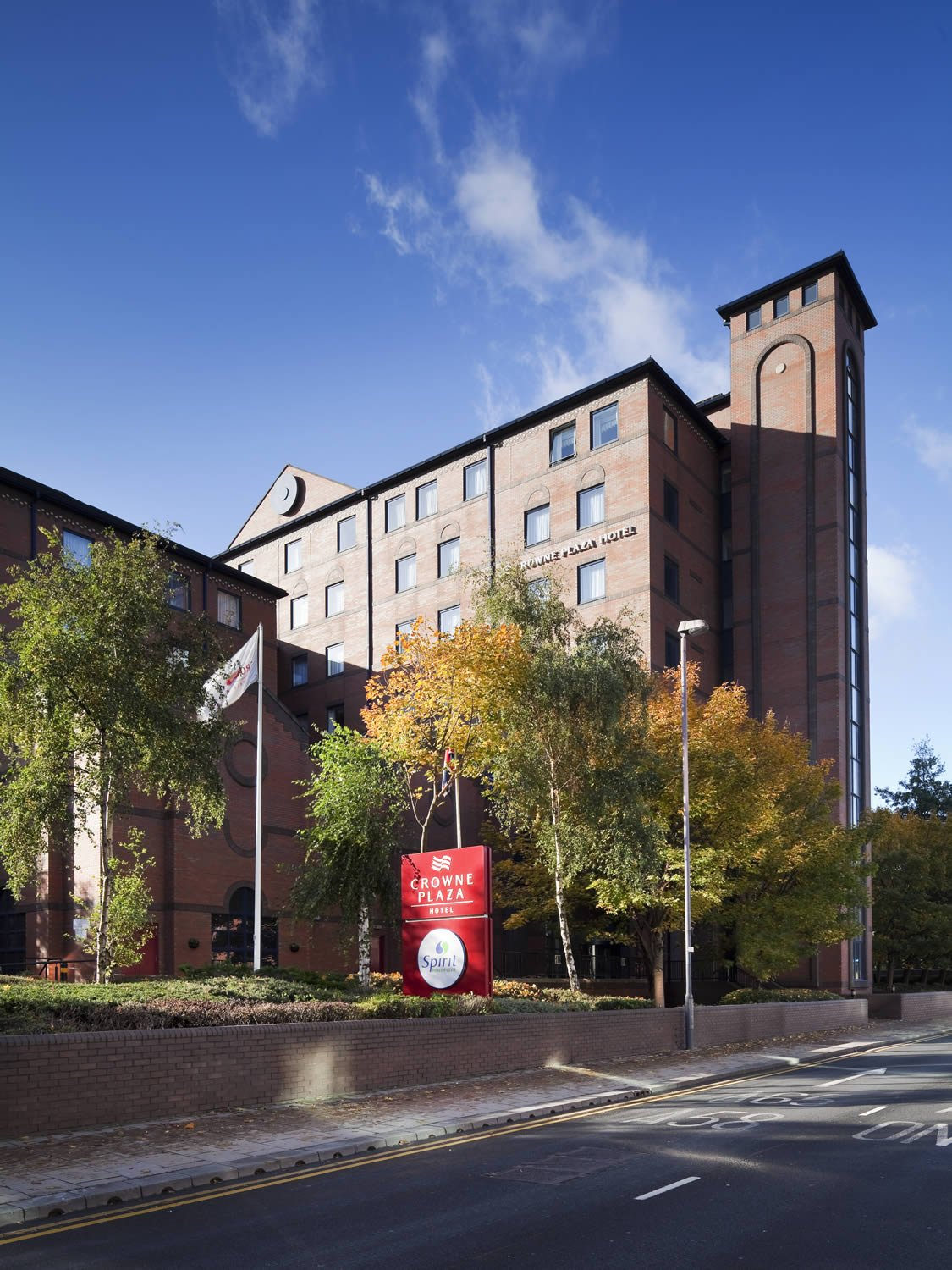 Crowne Plaza Hotel Leeds Accommodation Leeds West Yorkshire Welcome To Yorkshire
