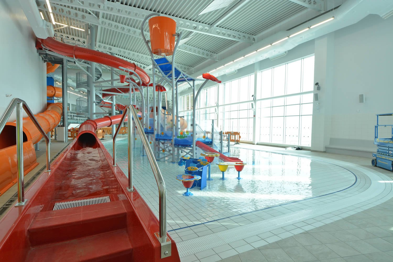 East riding leisure bridlington sports activity for Swimming pool design yorkshire