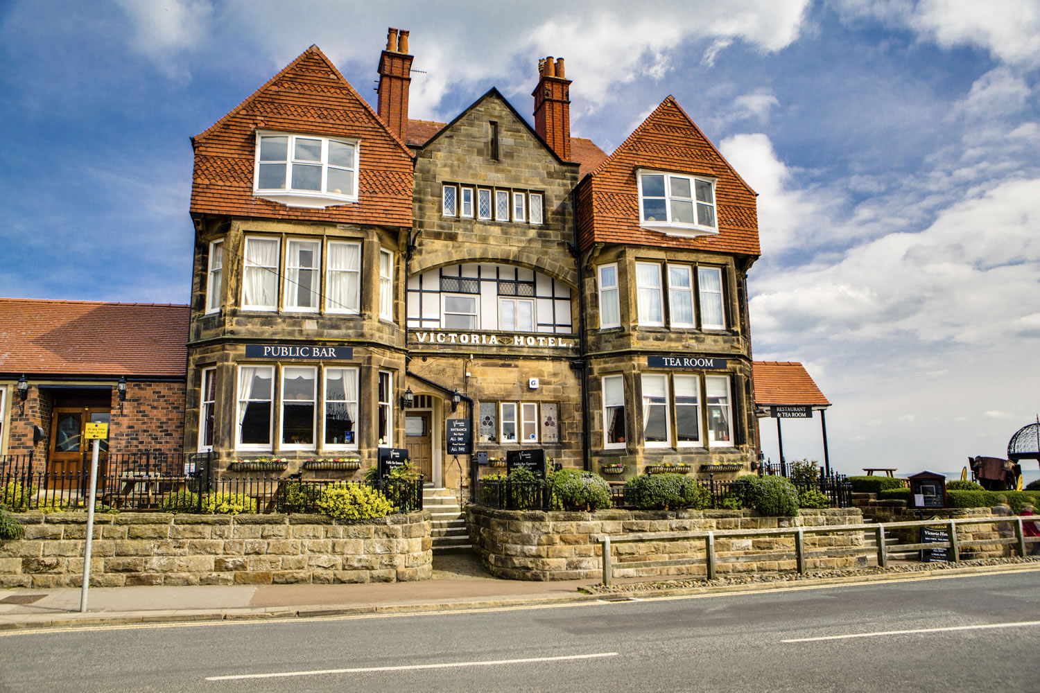 Sea View Restaurant at Victoria Hotel - Food & Drink - Whitby ...
