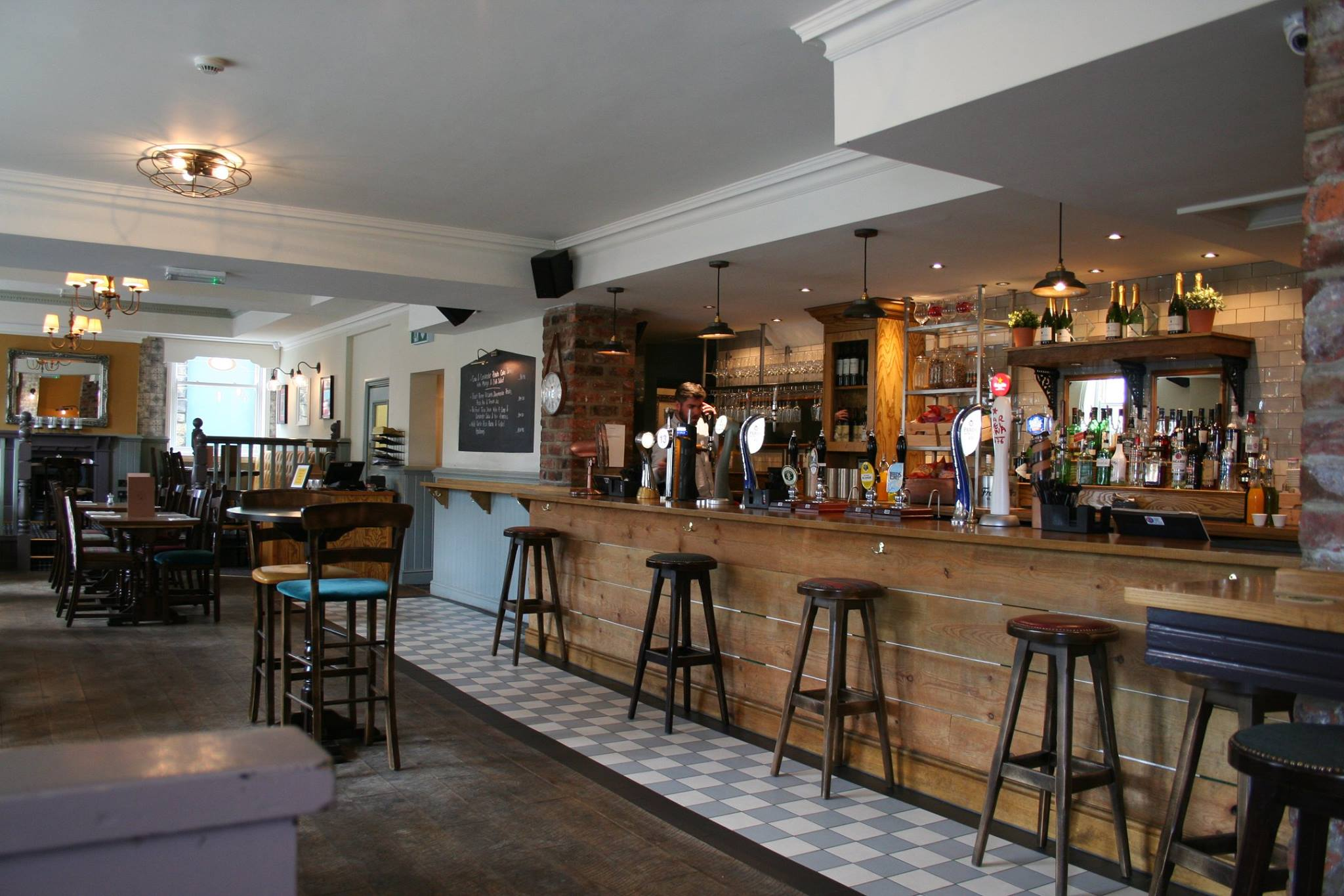 Who Awards The Black And White Pub Of The Year 68