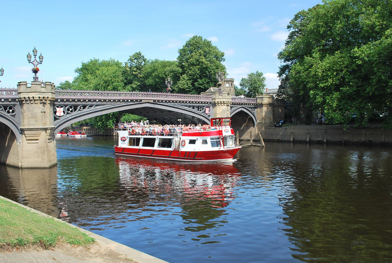 City Cruise with free time in York