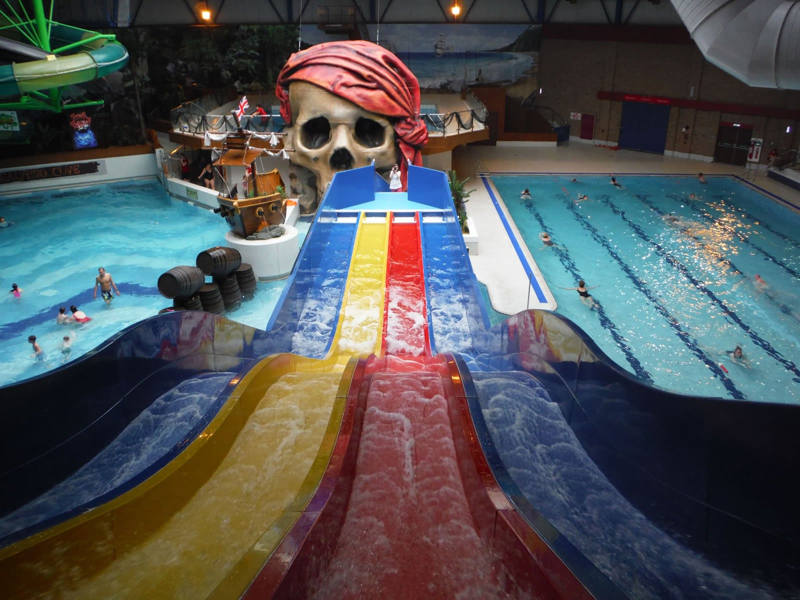 Calypso cove waterpark sports activity barnsley - Swimming pools in south yorkshire ...