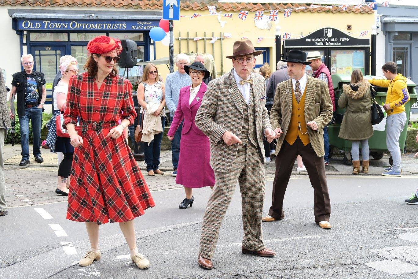See Photos With 2018 Photos: BRIDLINGTON OLD TOWN 1940s FESTIVAL 2018